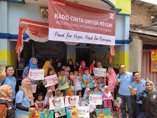 food for hope group picture