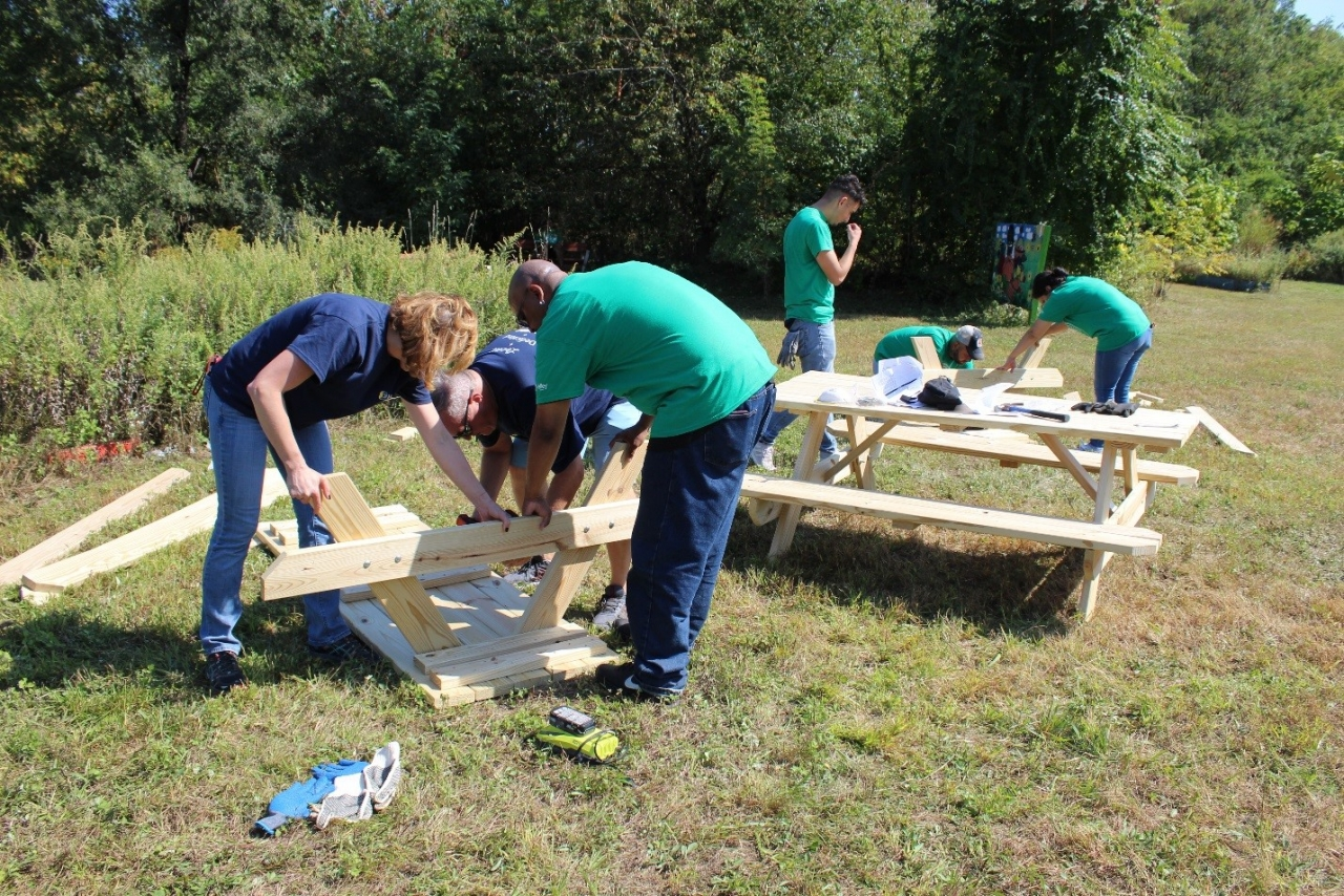 Valley participated in New Jersey Community Development Corporation's (NJCDC) 25th Anniversary Community Service Day.