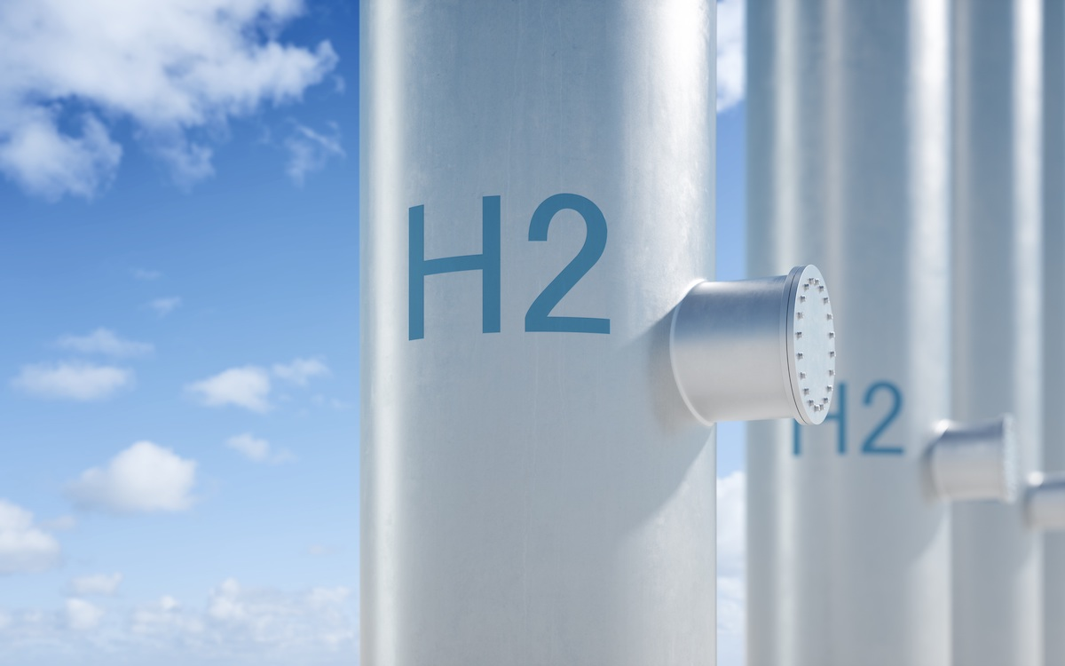 """pipes labeled """"H2"""""""