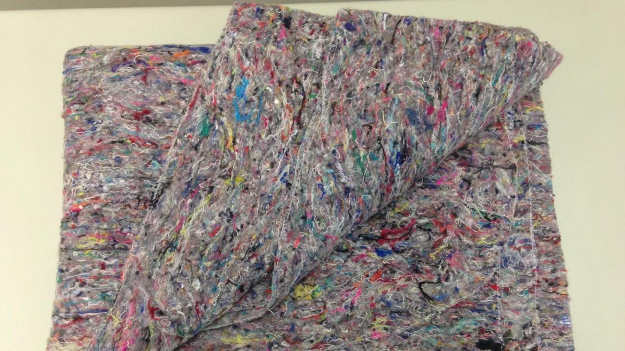Shoddy fiber fabric