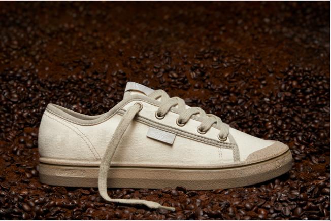 Shoe: KEEN Elsa Harvest