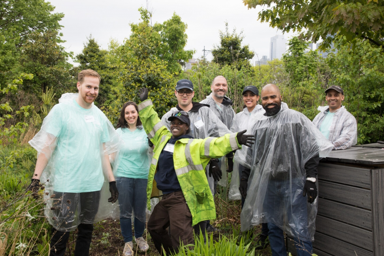 Hudson River Park Friends Volunteers