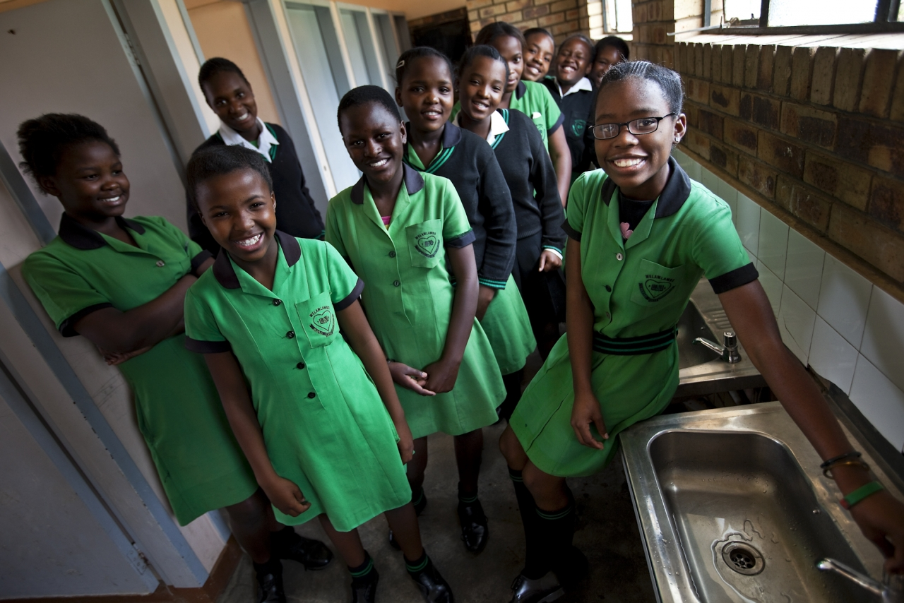 By engaging Global Water Challenge's women for water platform, Cargill and Global Water Challenge are partnering to address water challenges through the Cargill Currents community water initiative. Photo Credit: Brent Stirton/Verbatim Agency