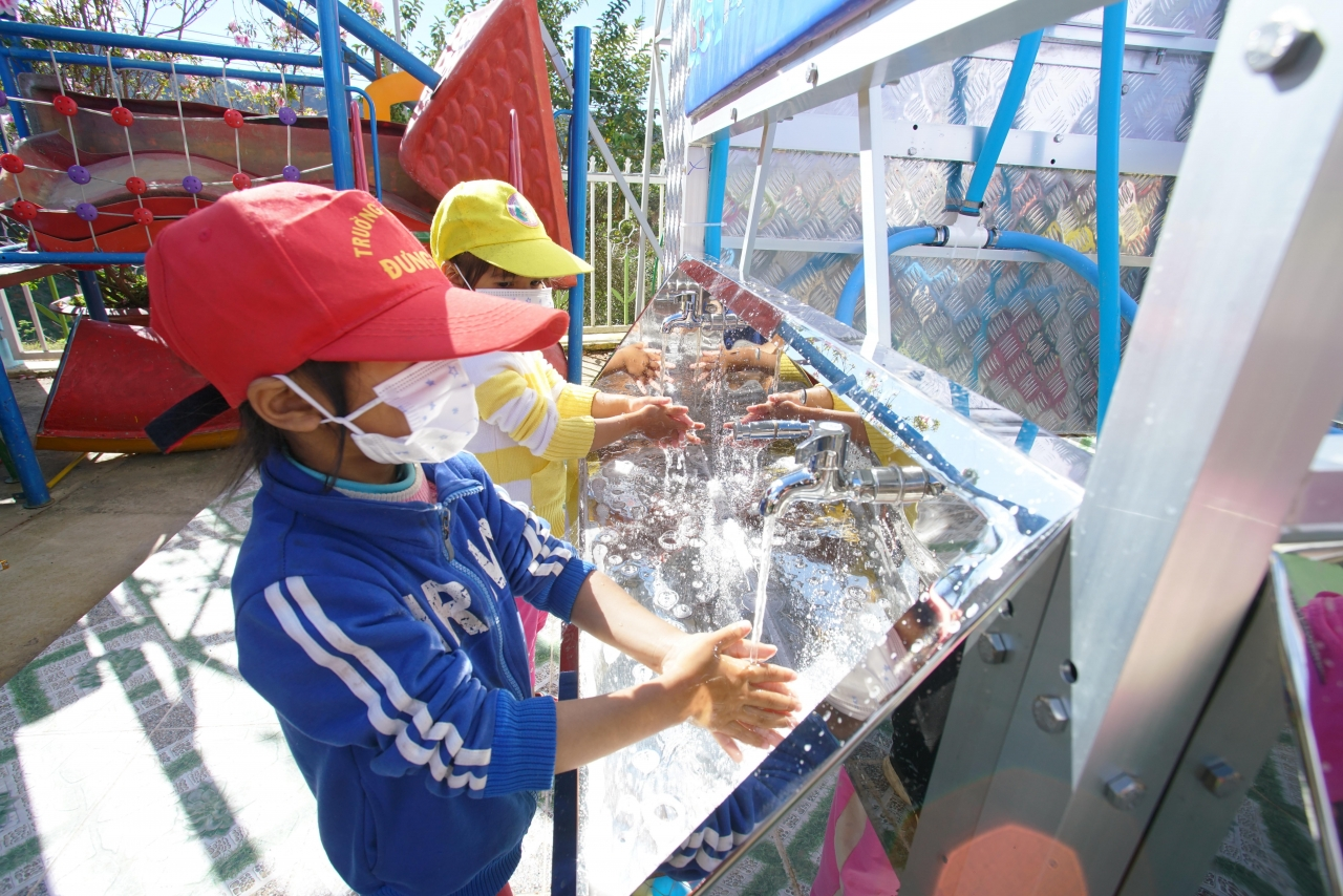 Planet Water Foundation's AquaTower provides clean drinking water and handwashing facilities to children