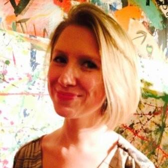 Hayley Samuelson headshot