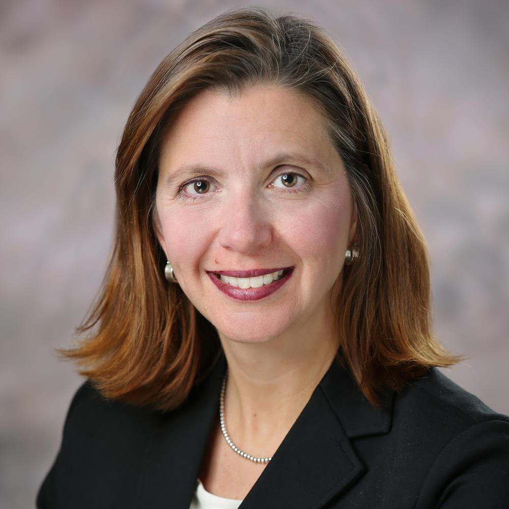 Maggie Kohn headshot