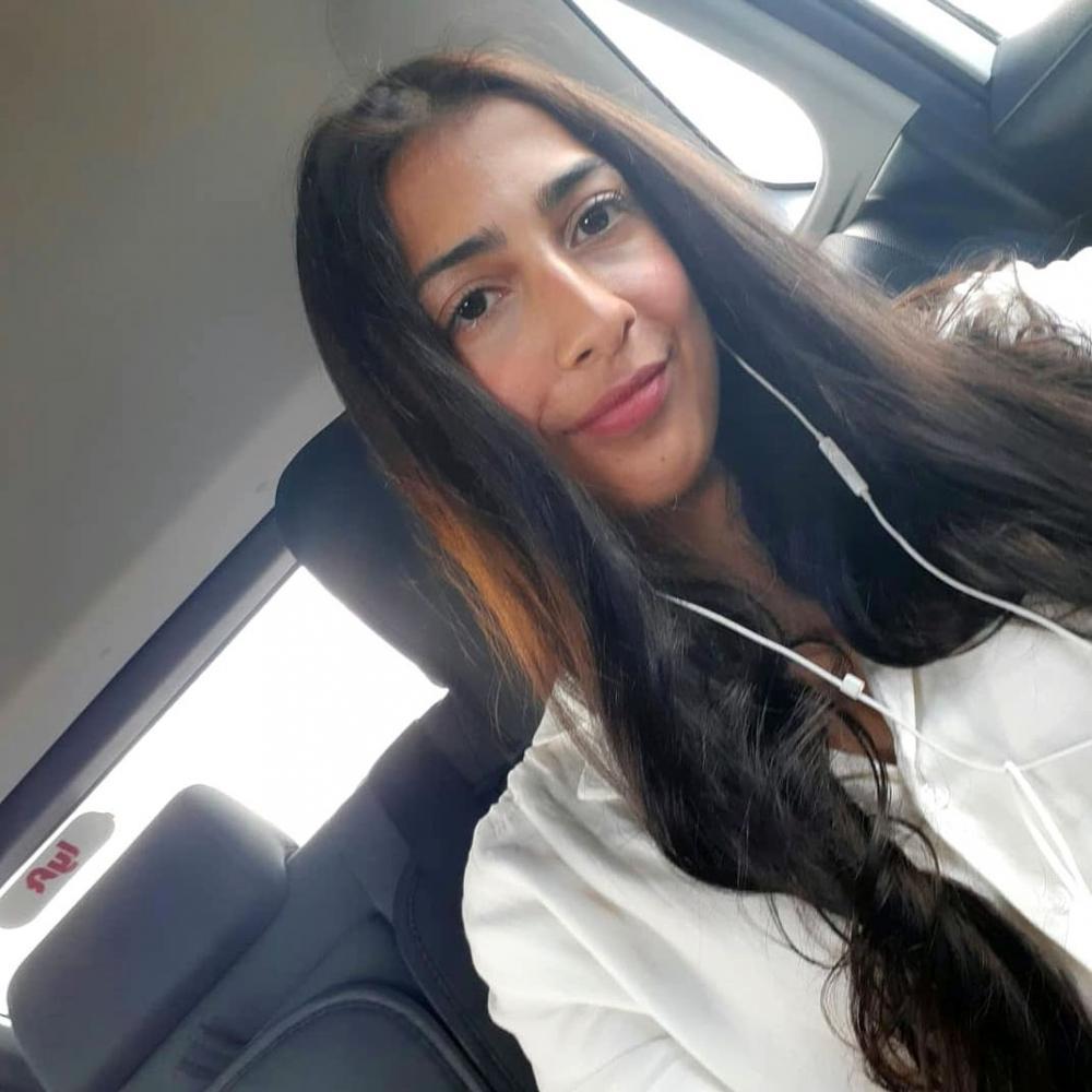 Rasha Rehman headshot