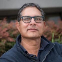 Safwan Shah headshot