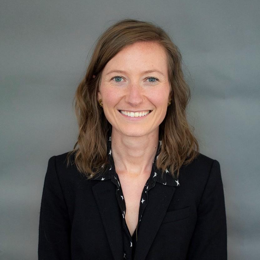 Alexa Schmidt headshot