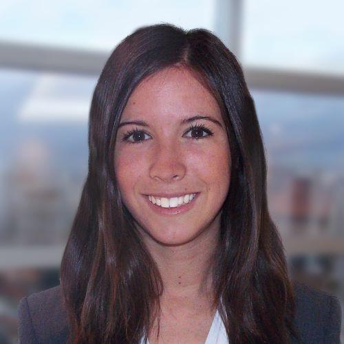 Laura Urdapilleta headshot