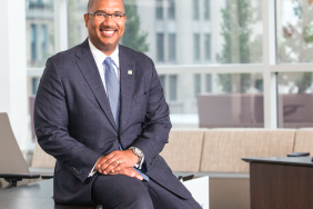Fifth Third Bank Names Executive Vice President Kala Gibson Chief Enterprise Corporate Responsibility Officer & Head of Business Banking Image
