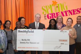 Smithfield Foods Donates $75,000 to Support After-School Programs in Virginia Image