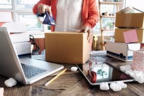 Etsy Leads e-Commerce Towards Carbon Neutral Shipping Image