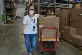 LIXIL Teams Up with Jersey City Rapid Maker Response Group to Distribute Face Shields Across the U.S. Image