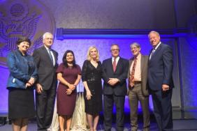 FedEx Honored with 'The Coalition for Integrity' Corporate Leadership Award Image