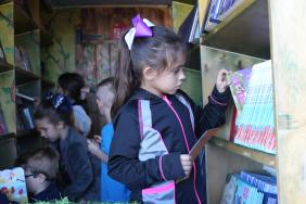 CITGO and Bess the Book Bus Deliver the Joy of Reading to Southwest Louisiana Children for Sixth Consecutive Year Image