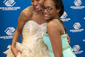Comerica Makes Prom A Reality For Dallas-Area Teens With Donation Of Nearly 1,000 Dresses Image