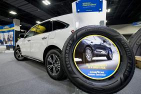 Goodyear's New Assurance ComfortDrive is First Tire to Use Unique, Sustainable Materials Image