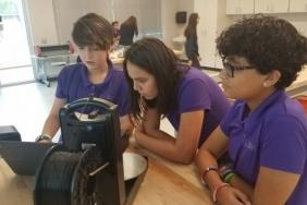 SunTrust Foundation Awards $500,000 Grant to Girls Leadership Academy of Wilmington to Establish Makerspace Image