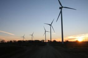 Near-record Growth Propels Wind Power Into First Place as America's Largest Renewable Resource Image