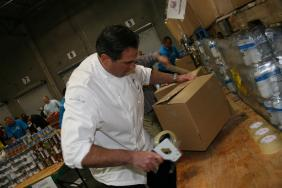 MGM Resorts Employees Set Record for Largest Food Drive Donation in Nevada: Nearly One Million Pounds of Canned Food Donated to Three Square Food Bank Image