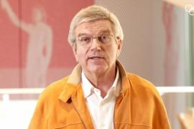 """IOC President to Doctors, Nurses, Health Workers and Volunteers: """"You Are Our True Champions"""" Image"""