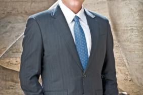 MGM Resorts Chairman & CEO Jim Murren Honored as a CR Magazine Responsible CEO of the Year Award Winner Image