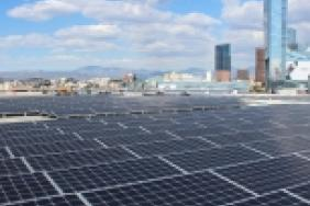 Los Angeles Plugs in Giant Solar Array at Los Angeles Convention Center Image