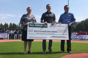 DICK'S Sporting Goods Foundation Pledges $500,000 to Support Local Little League® Baseball and Softball Programs Image