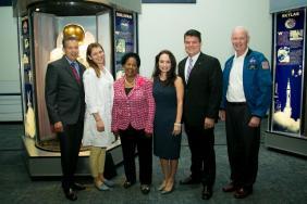 Covestro, Greenlight for Girls Inspire Houston Girls to Pursue STEM Image