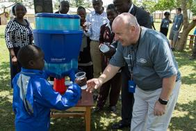 Jaguar Land Rover Launches New Project to Provide Safe Water for 300,000 School Children in Kenya Image