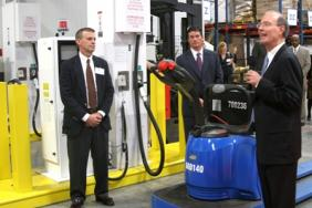 Advanced Hydrogen Fuel Cell Power Solutions Highlighted at Inauguration of New Sysco Houston Warehouse  Image