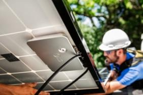 LG Unveils High-Performance Solar Panel With Integrated Micro-Inverter Image