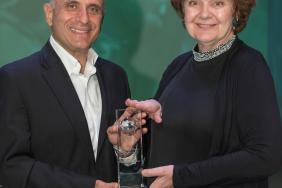 Kimberly-Clark Receives 10th EPA SmartWay® Award, Marking 100M+ Gallons of Diesel Fuel Saved and Notable GHG Reductions Image