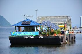 Science Barge Gets Power Boost From Green Mountain Energy Sun Club Image