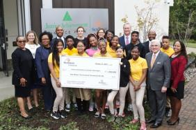 SunTrust Foundation Awards $1.5 Million Grant to Junior Achievement of Greater Washington Image