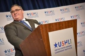 FedEx to Receive Corporate Visionary Award From USHLI at 38th National Conference Image