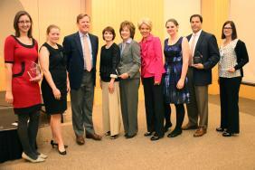 VolunteerMatch Announces Winners of 6th Annual Corporate Volunteer Awards Image