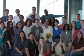 Legg Mason's Award-Winning Community Workplace Mentoring Program Graduates Its Newest Class Image