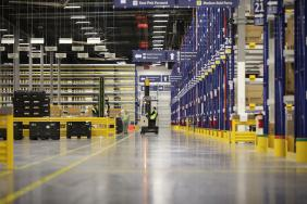 FCA US Mopar Parts Distribution Center Honored With Prestigious LEED Gold Environmental Award Image