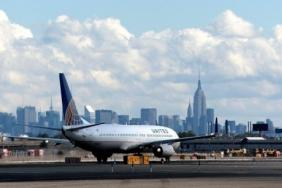 United Airlines Partners With New York City to Fly Medical Volunteers to Help in COVID-19 Fight Image
