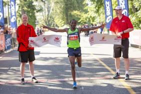 An Estimated $970,000 Raised for Charity at the 2018 Scotiabank Vancouver Half-Marathon and 5k Image