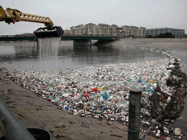 Plastic-containers-accumulating-in-the-Los-Angeles-River.jpg