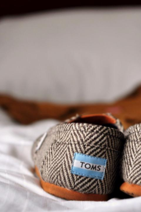 The Problem with the TOMS Shoes Charity Model