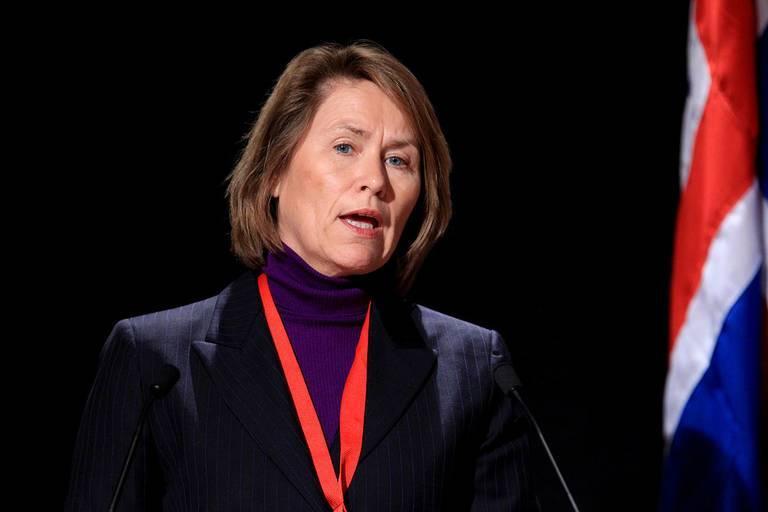 1280px-Norges_forsvarsminister_Grete_Faremo_vid_Nordiska_Radets_session_i_Reykjavik._2010-11-03.jpg