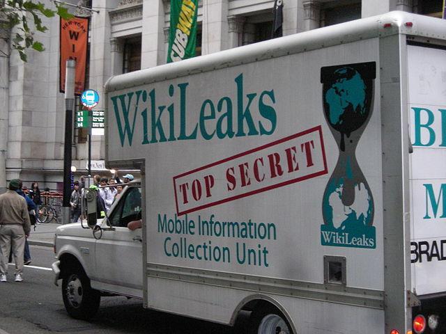 640px-OccupyWallStreet_WikiLeaks_Truck.jpg