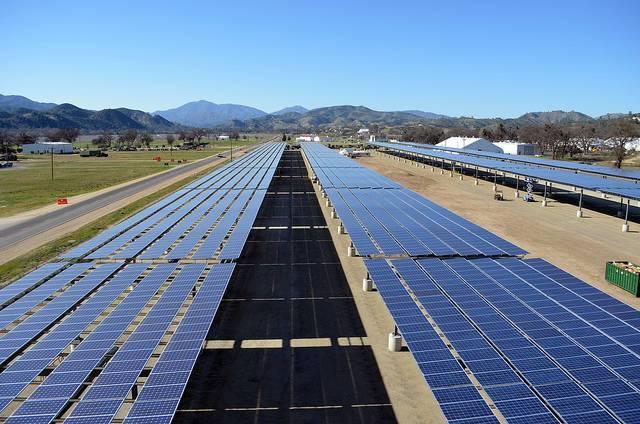 A-Solar-project-at-Fort-Hunter-Liggett-California.jpg