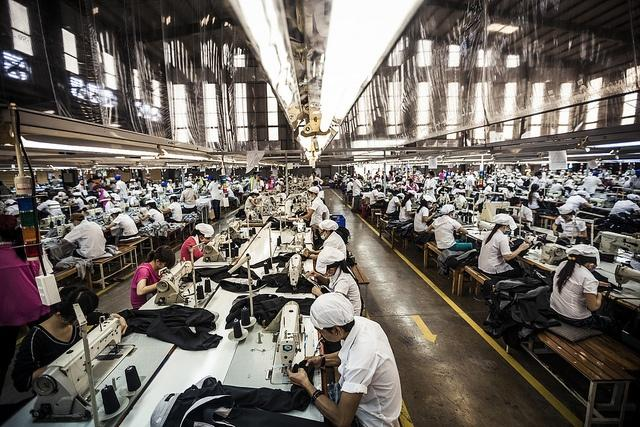 A-garment-factory-in-Vietnam.jpg