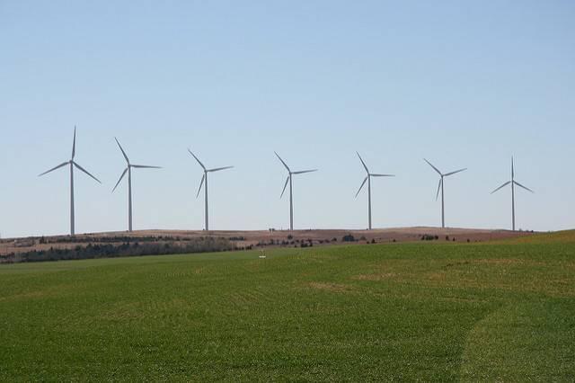 A-wind-farm-near-Weatherford-Oklahoma.jpg