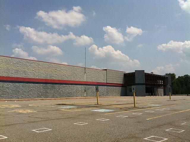 An-abandoned-Walmart.jpg
